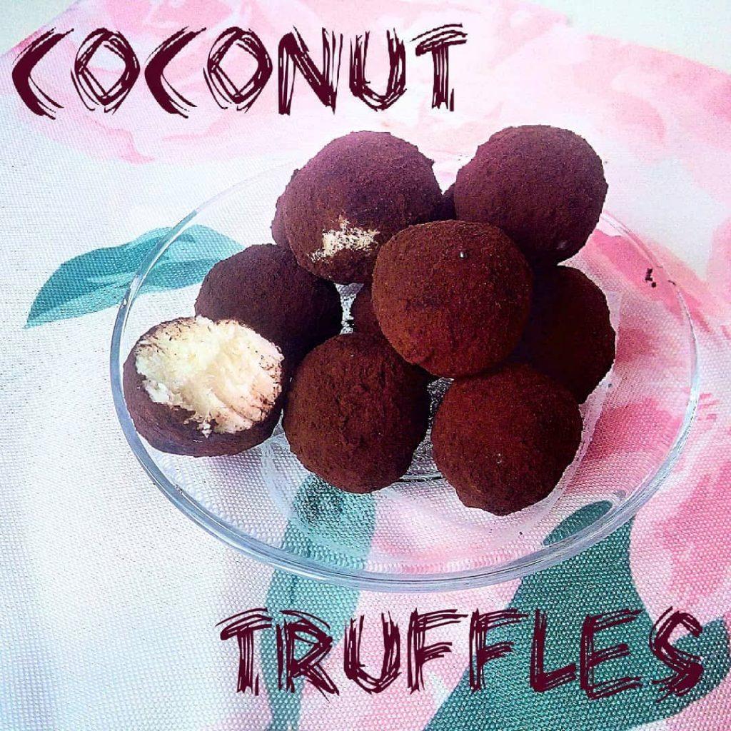 Кето кокосови трюфели
