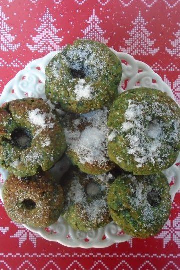 Нисковъглехидратни зелени донати от лилав сладък картоф