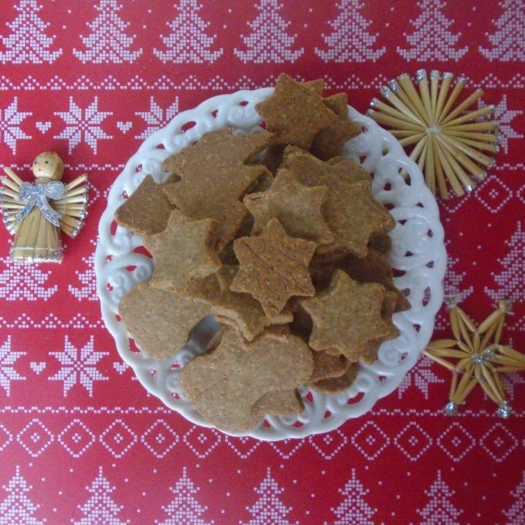 Джинджифилови бисквитки кето, нисковъглехидратни, без глутен, без захар, без млечни