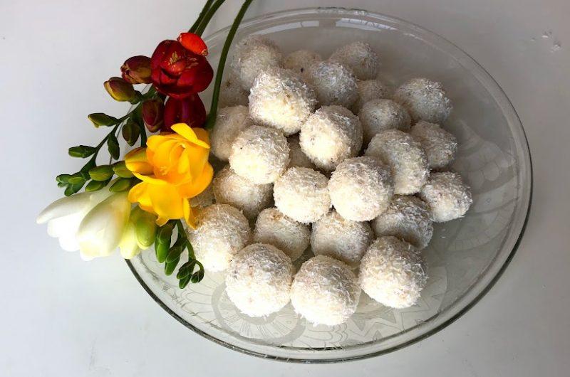 Кето бонбони Рафаело - две рецепти